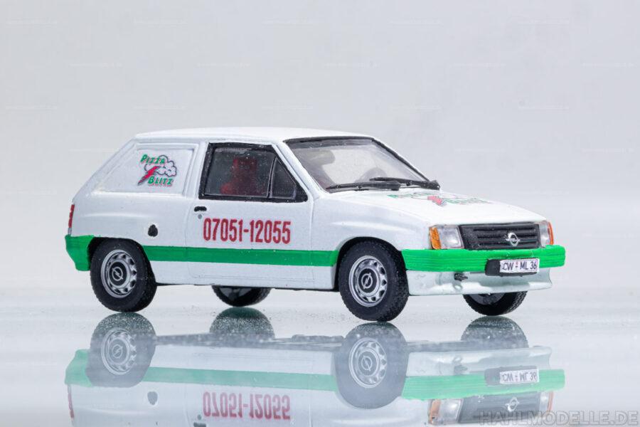 "Modellauto   hahlmodelle.de   Opel Corsa A Kastenwagen ""Pizzablitz"""